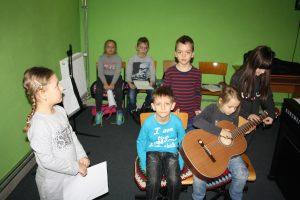 Zajęcia z gry na gitarze
