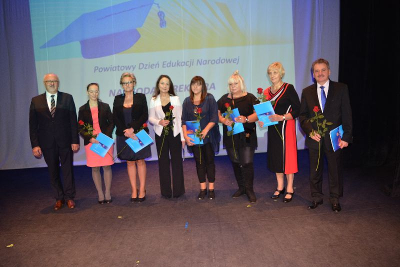 Wręczanie nagród pracownikom PMDK z okazji Dnia Edukacji Narodowej